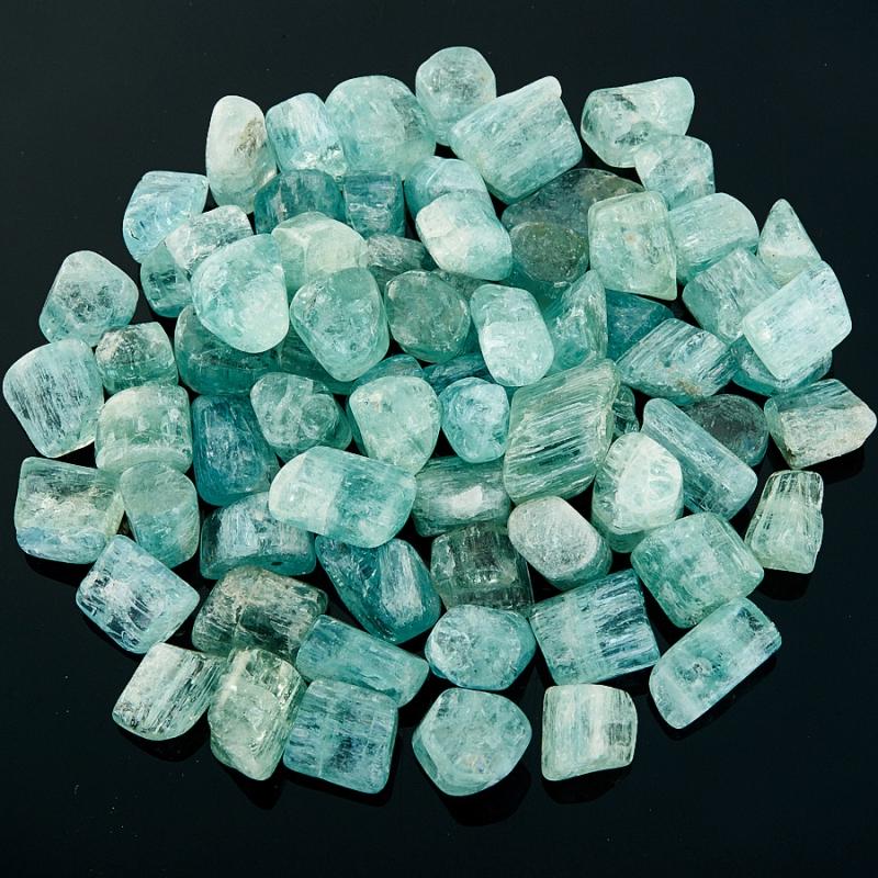 Аквамарин галтованный кристалл  Шерловая Гора от 1-1,5 см 1 шт