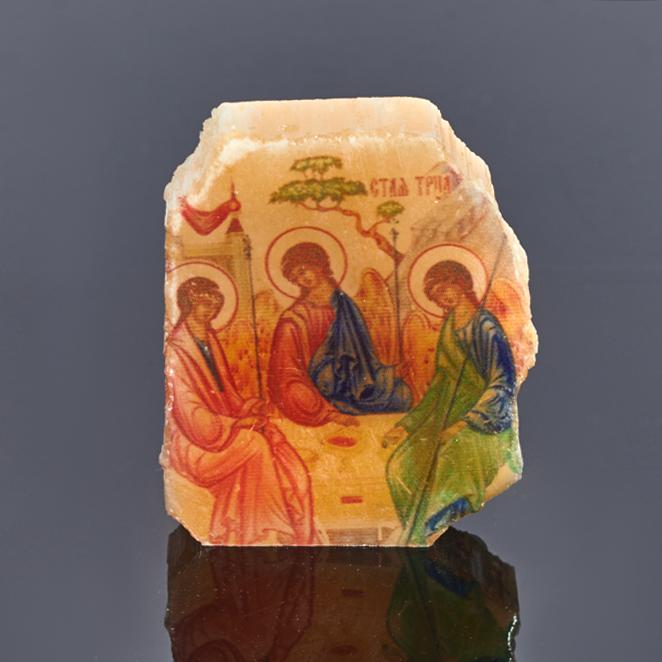 Изборажение Святая Троица селенит 4х3,5 см