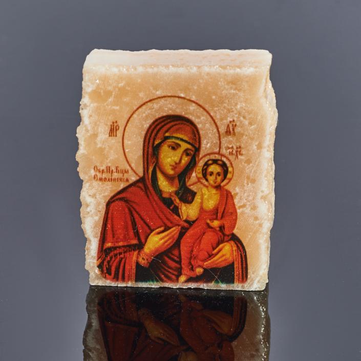 Срез с изображением Богоматерь Смоленская селенит 3,5х4,5 см
