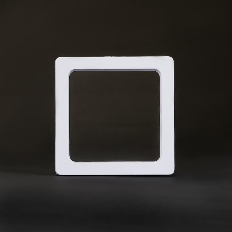 Подставка пластик (белый) 5х5 см