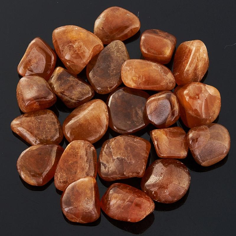 Гранат спессартин  (1-1,5 см) 1 шт
