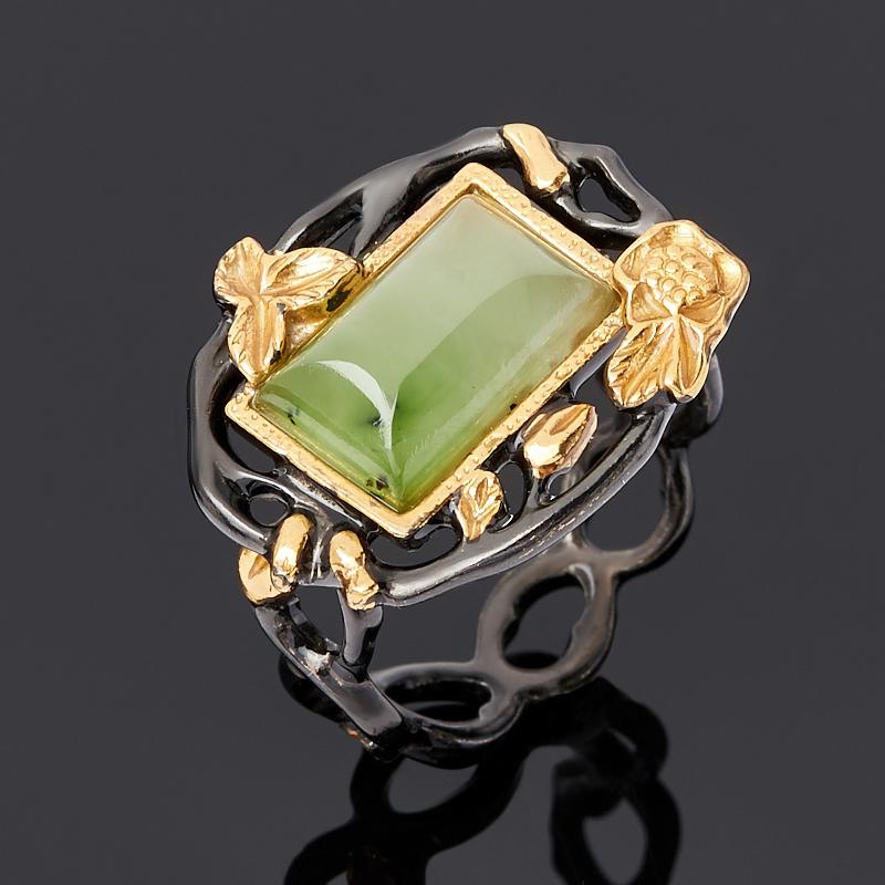 Кольцо нефрит зеленый Россия (серебро 925 пр. родир. черн.) размер 14,5