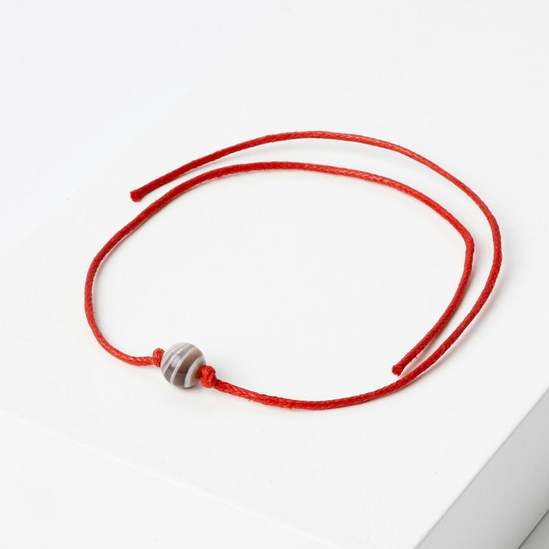 Браслет агат серый Ботсвана красная нить От энергетических атак 6 мм регулируемый (текстиль)
