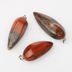 Кулон яшма красная ЮАР (биж. сплав) 5,5-7 см