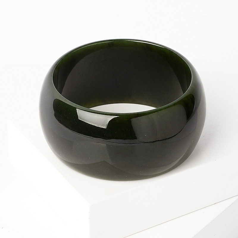 Браслет нефрит зеленый цельный 20 см браслет классика 8 нефрит револю
