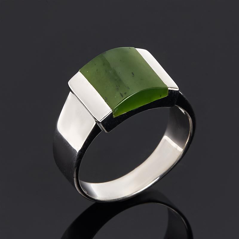 Кольцо нефрит зеленый (серебро 925 пр. родир. бел.) размер 19