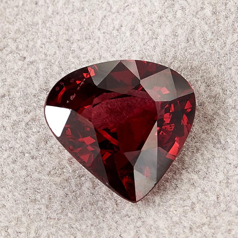 Огранка гранат альмандин сердце 8,5*9 мм огранка гранат альмандин триллион 7 7 7 мм