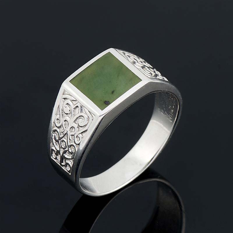 Кольцо нефрит зеленый (серебро 925 пр. родир. бел.) размер 21