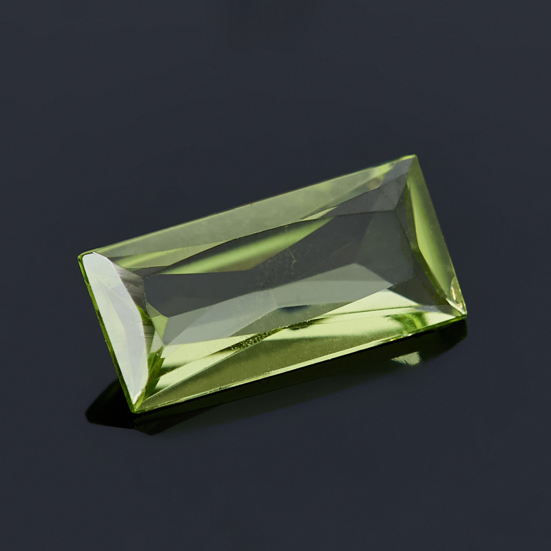 Огранка хризолит США багет (1 шт) 4*8 мм