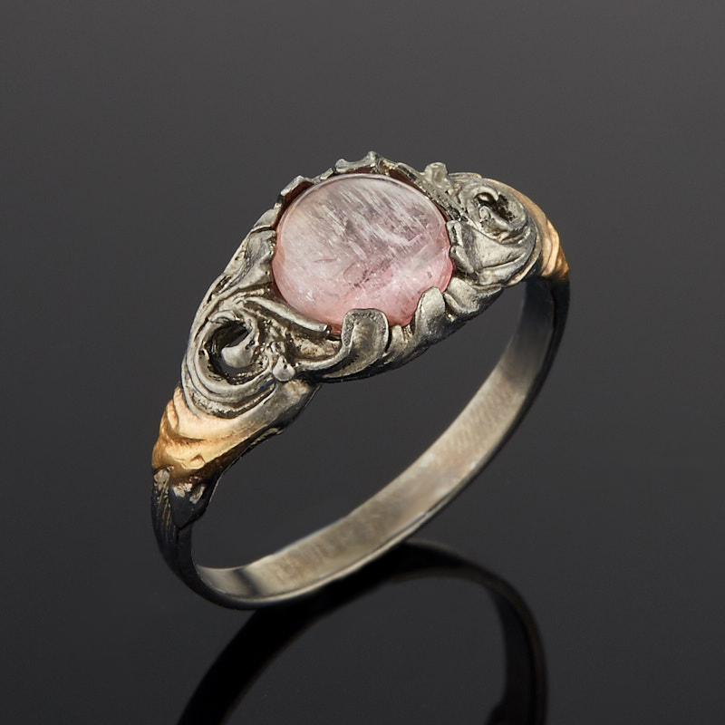 Кольцо турмалин розовый (рубеллит) (серебро 925 пр. позолота, родир. черн.) размер 17,5