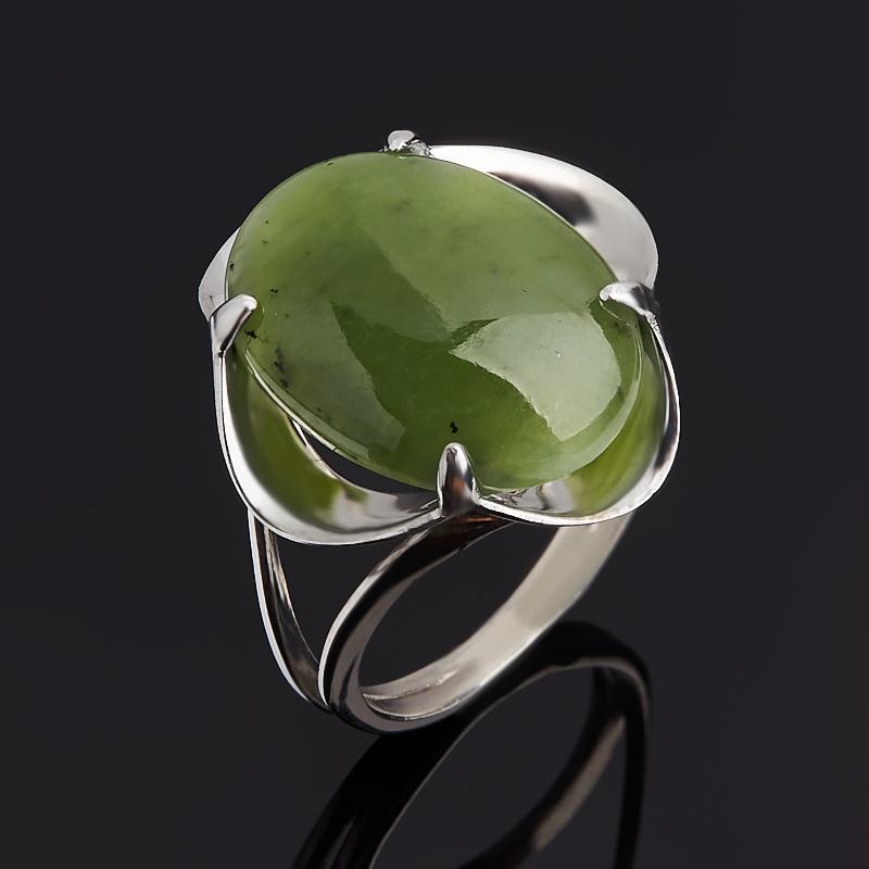 Кольцо нефрит зеленый (серебро 925 пр.) размер 17,5
