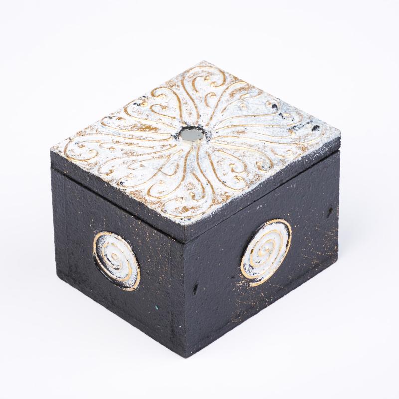 Шкатулка для хранения камней / украшений 7х6х5 см