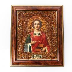 Изображение 'Святой Пантелеймон' янтарь Россия 14,5х17 см