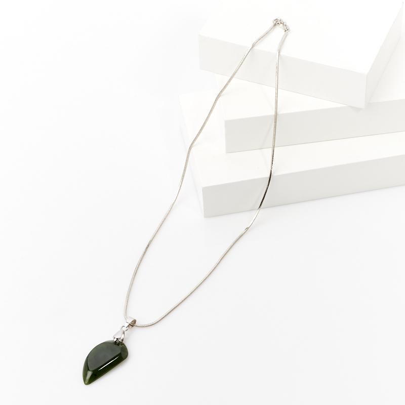 Кулон нефрит зеленый Россия (биж. сплав)