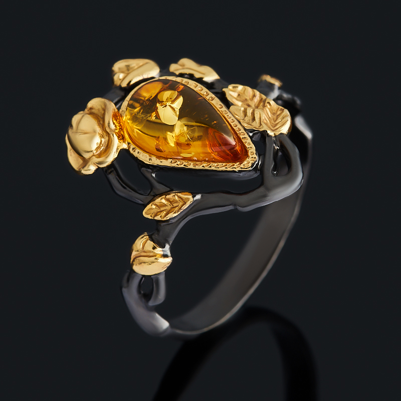Кольцо янтарь (серебро 925 пр. позолота, родир. черн.) размер 18,5