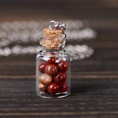 Кулон яшма красная ЮАР (биж. сплав) бутылочка 3 см