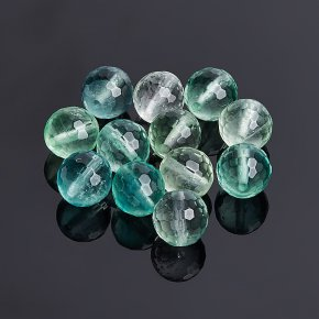 Бусина флюорит зеленый Китай шарик 8-8,5 мм огранка (1 шт)