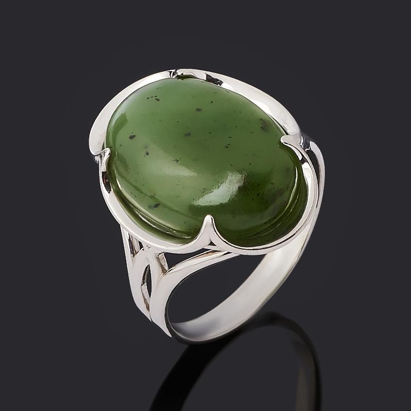 Кольцо нефрит зеленый Россия (серебро 925 пр. родир. бел.) размер 20,5