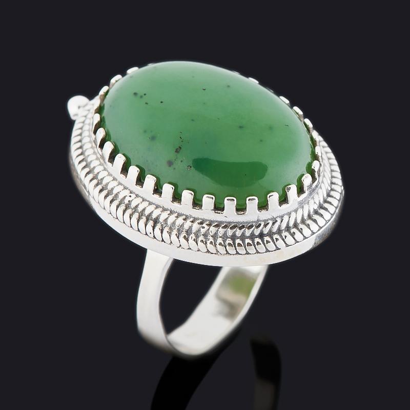 Кольцо нефрит зеленый Россия (серебро 925 пр. оксидир.) размер 16,5