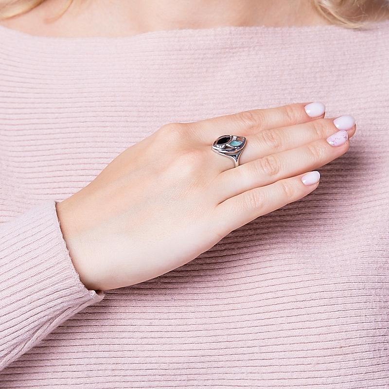 Кольцо микс изумруд, сапфир черный (серебро 925 пр. родир. бел.) огранка размер 17,5