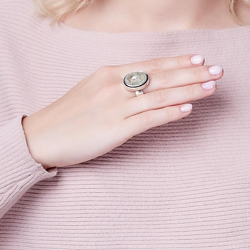 Кольцо берилл Россия (серебро 925 пр.) размер 18,5