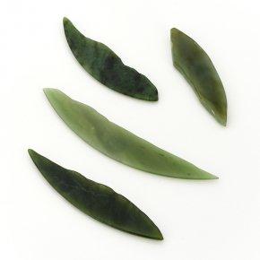 Магнит нефрит зеленый Россия 7-11 см
