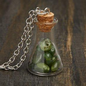 Кулон нефрит зеленый Россия (биж. сплав) бутылочка 3,5 см