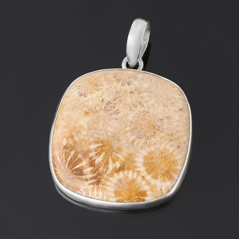 Кулон коралл (серебро 925 пр.) квадрат