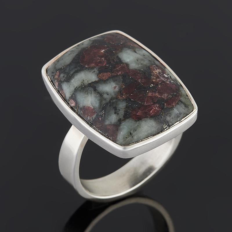 Кольцо эвдиалит Россия (серебро 925 пр.) размер 17,5