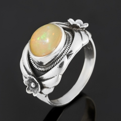 Кольцо опал желтый благородный Эфиопия (серебро 925 пр.) размер 19