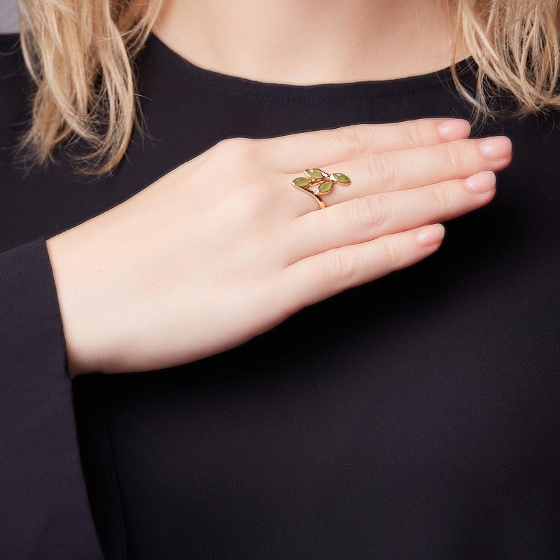 Кольцо нефрит зеленый Россия (серебро 925 пр. позолота) размер 14,5