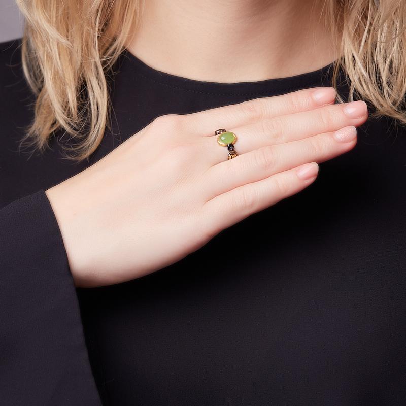 Кольцо нефрит зеленый Россия (серебро 925 пр. позолота, родир. черн.) размер 20