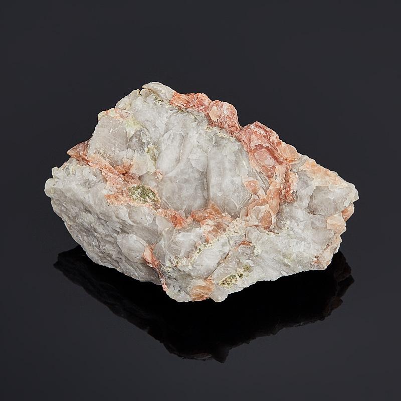 Образец апофиллит (в породе) S (4-7 см)
