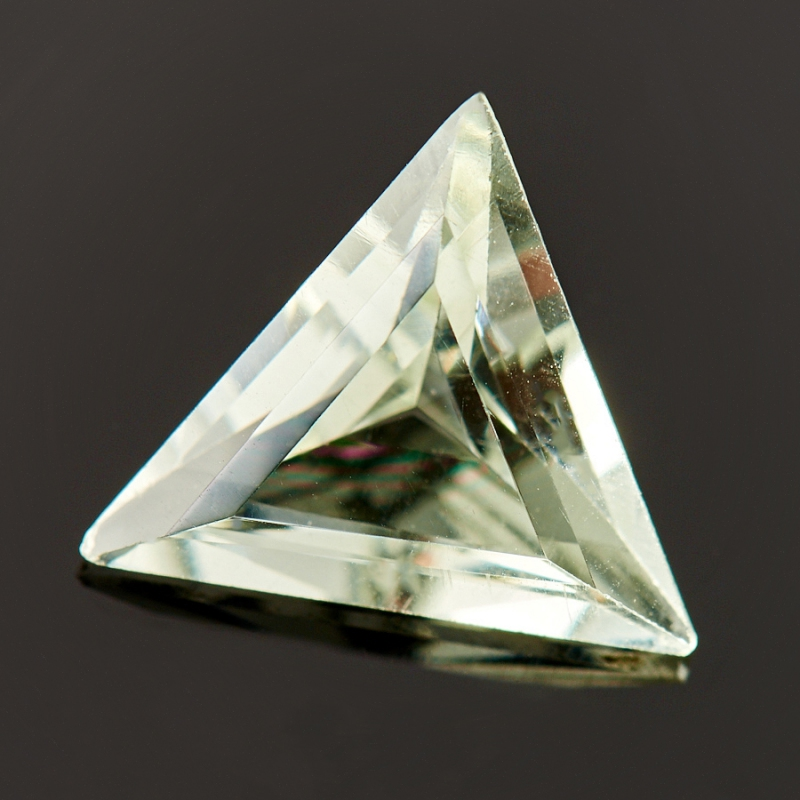 Огранка празиолит треугольник 7*7*7 мм halojaju 7