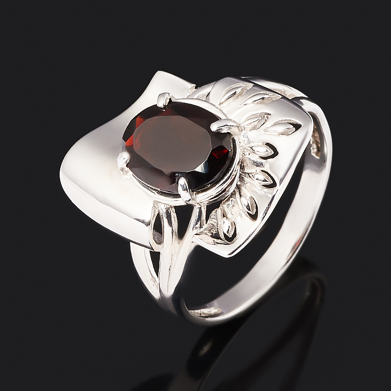 Кольцо гранат альмандин (серебро 925 пр. родир. бел.) огранка размер 18 фото