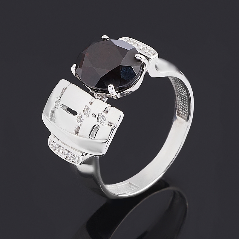 Кольцо гранат альмандин (серебро 925 пр. родир. бел.) огранка размер 17,5