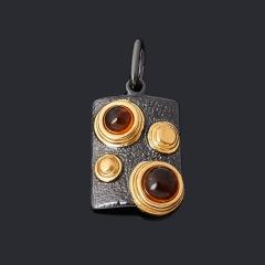 Кулон янтарь Россия (серебро 925 пр. позолота, родир. черн.) прямоугольник
