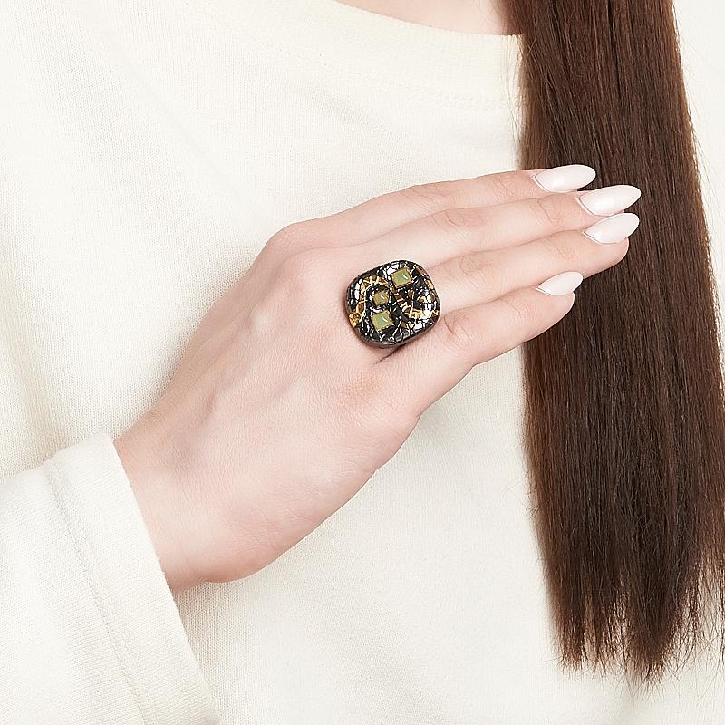 Кольцо нефрит зеленый Россия (серебро 925 пр. позолота, родир. черн.) размер 15