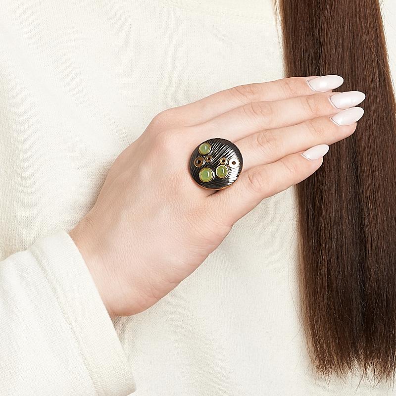 Кольцо нефрит зеленый Россия (серебро 925 пр. позолота, родир. черн.) размер 19,5