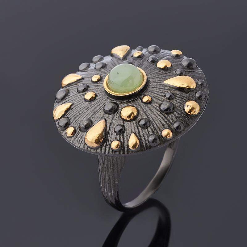 Фото - Кольцо нефрит зеленый (серебро 925 пр. позолота, родир. черн.) размер 18 кольцо лабрадор серебро 925 пр родир черн позолота размер 18