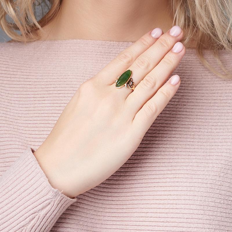 Кольцо нефрит зеленый Россия (серебро 925 пр. позолота) размер 18,5