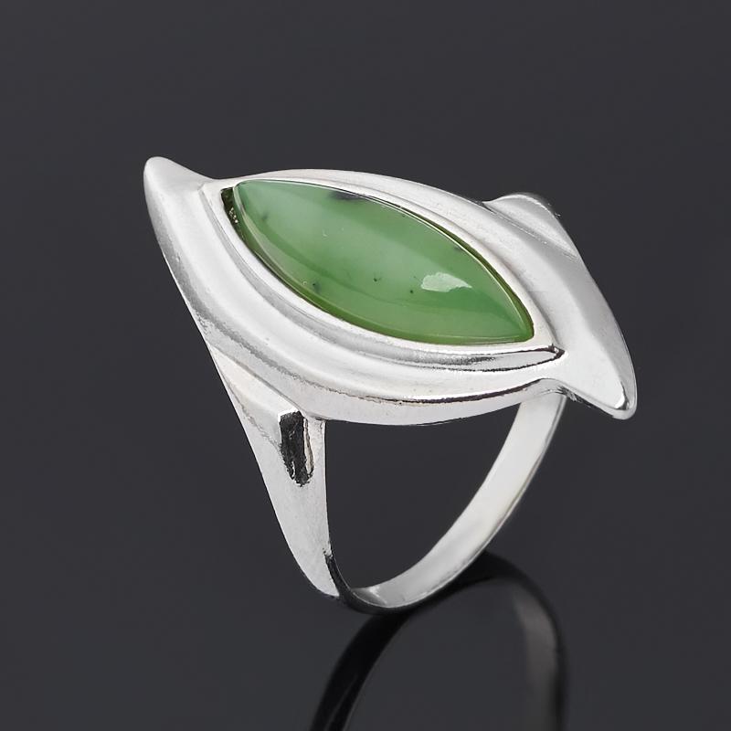 Кольцо нефрит зеленый (серебро 925 пр. родир. бел.) размер 18 фото