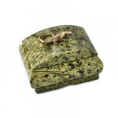 Шкатулка змеевик Россия 8,5х7х6,5 см