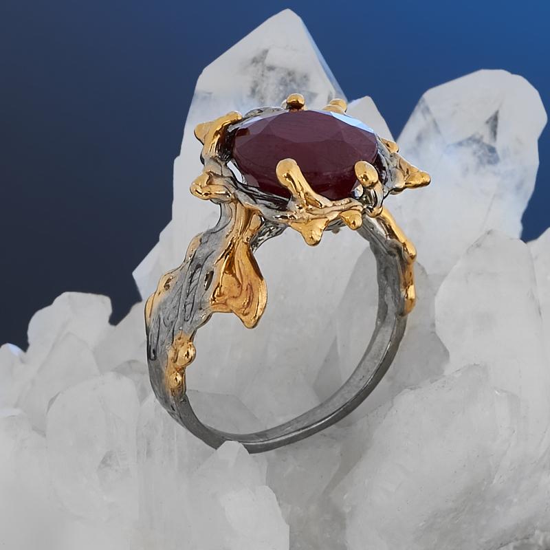 Кольцо корунд рубиновый (серебро 925 пр. позолота, родир. сер.) огранка размер 17,5
