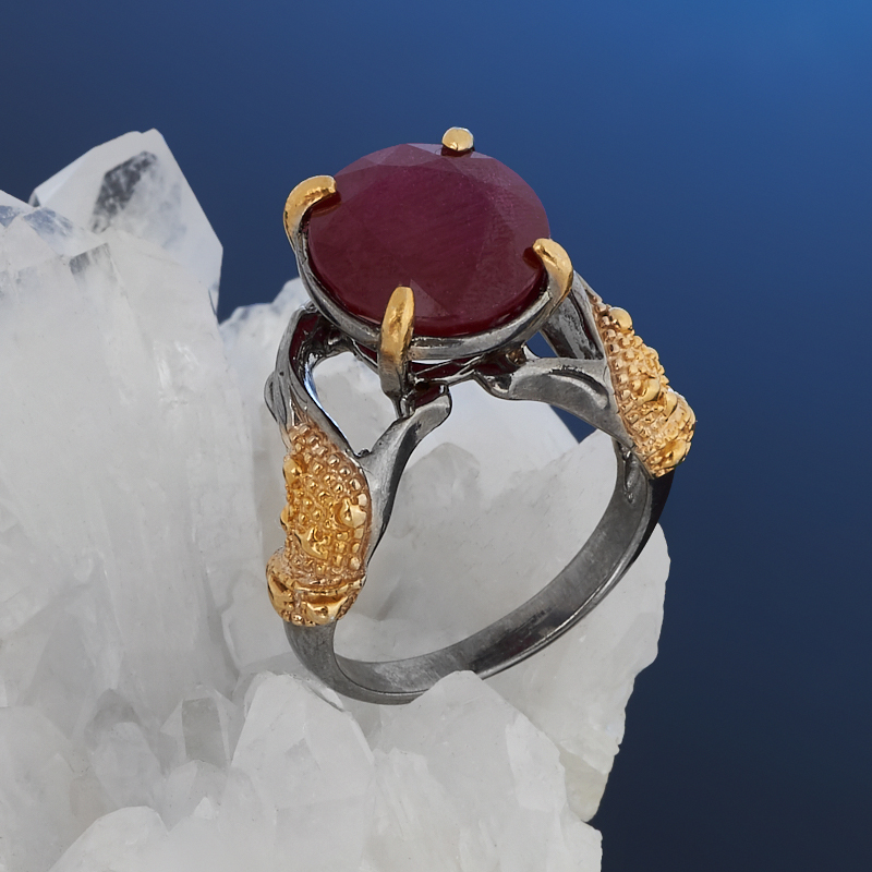 Кольцо корунд рубиновый (серебро 925 пр. позолота, родир. сер.) огранка размер 18