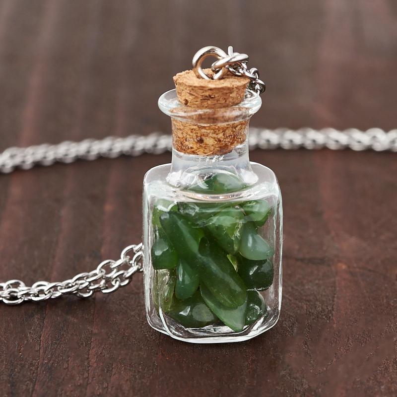 цена на Кулон нефрит зеленый (биж. сплав, сталь хир., стекло) бутылочка 3 см