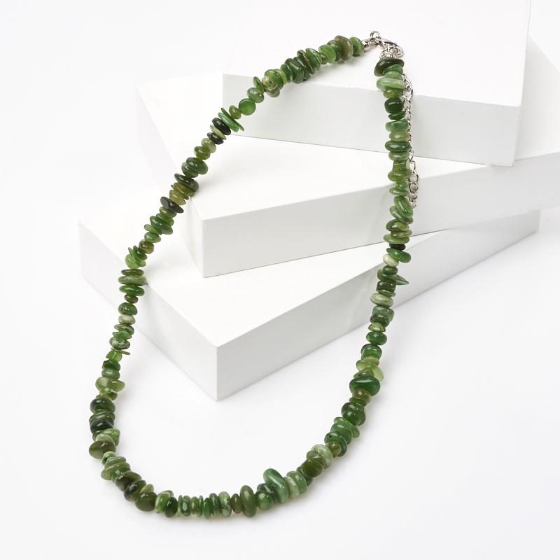 цена на Бусы нефрит зеленый (биж. сплав, сталь хир.) 46 см (+7 см)
