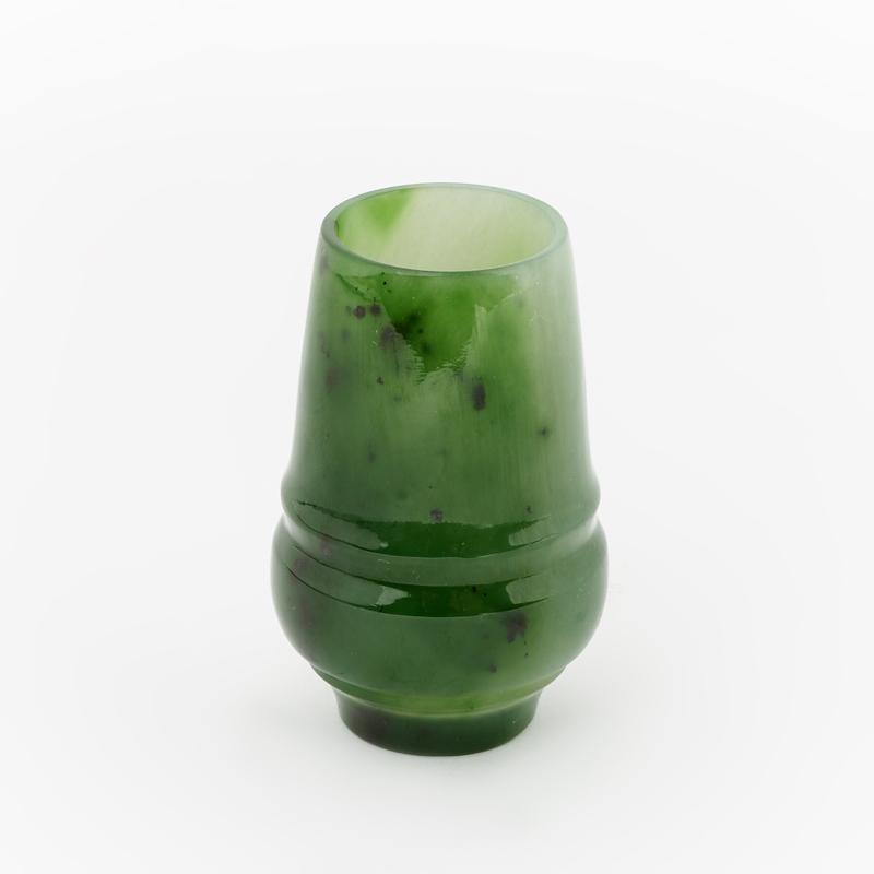 Посуда нефрит зеленый (рюмка) 3,5х5,5 см