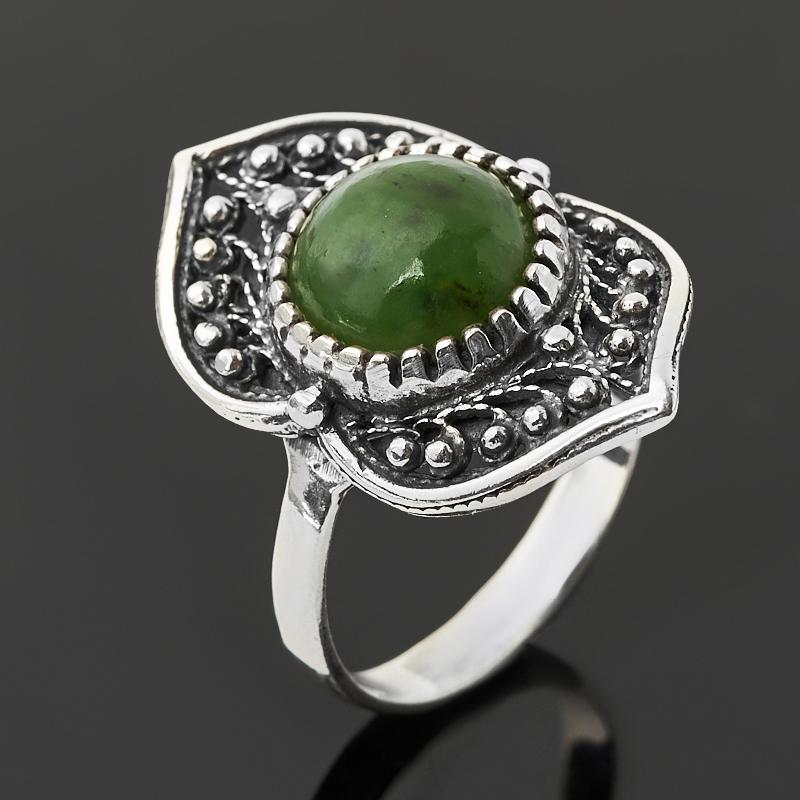 Кольцо нефрит зеленый  (серебро 925 пр. оксидир.) размер 18,5