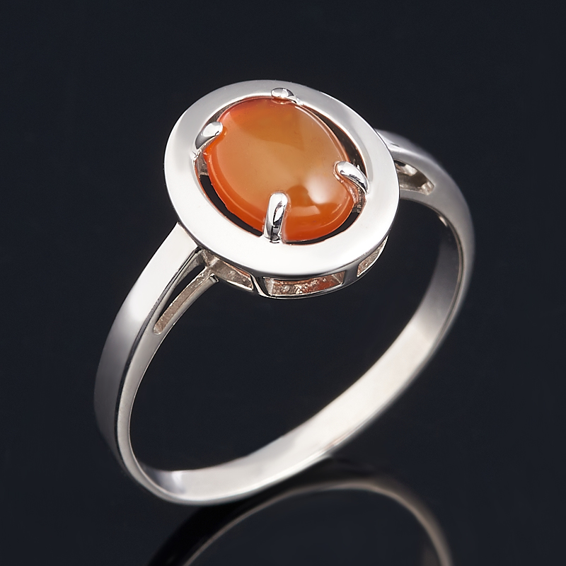 Кольцо сердолик (серебро 925 пр. родир. бел.) размер 17,5